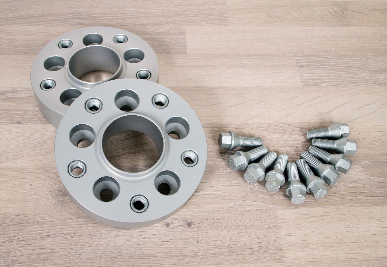 Spurverbreiterung Aluminium 4 St/ück T/ÜV-Teilegutachten /& ABE~ inkl 20 mm pro Scheibe // 40 mm pro Achse